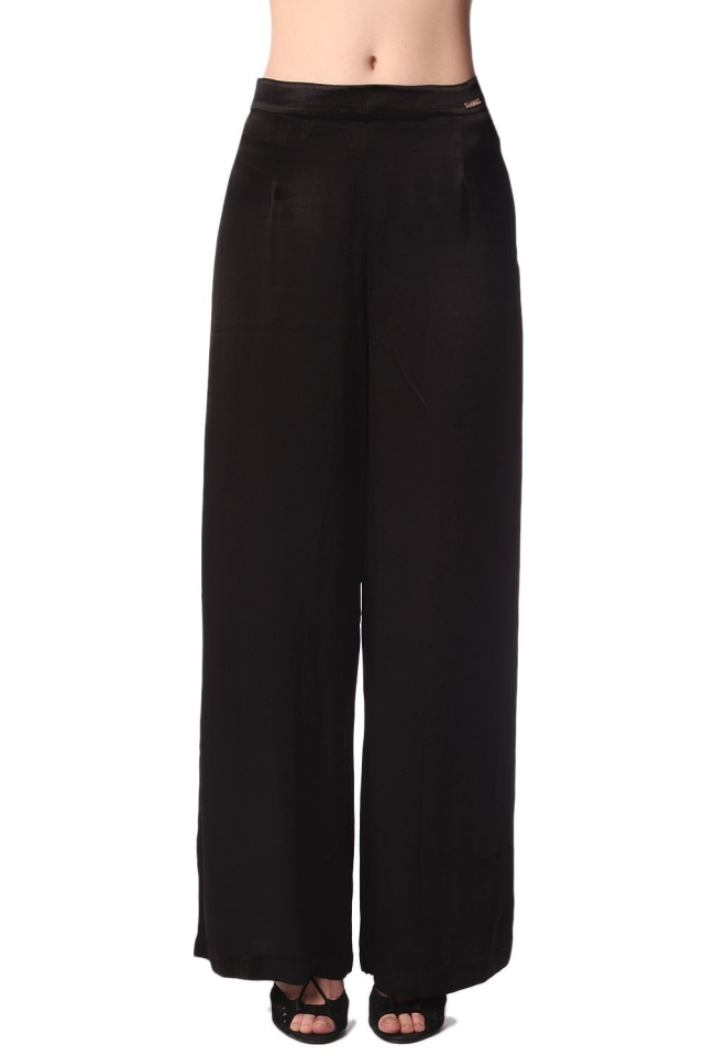 Black wide leg pants in soft-touch satin