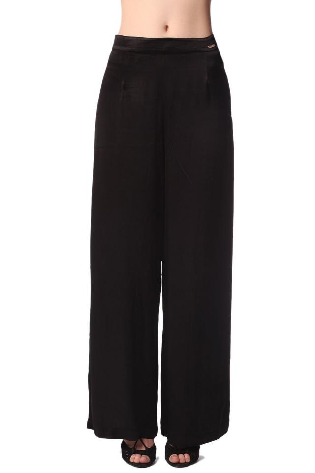 schwarz Hose mit weitem Bein aus Satin