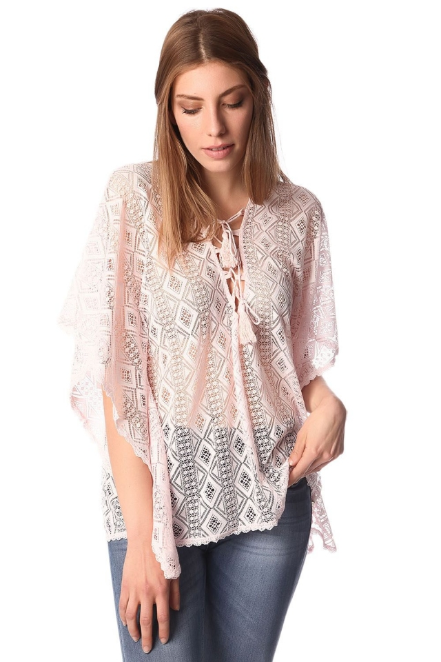 Pink kimono top in crochet with lace tie