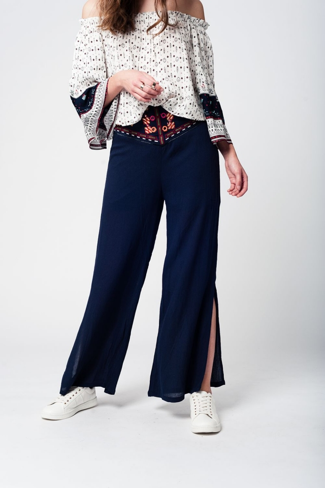 Wide leg high waist navy trousers with vintage design at the waist