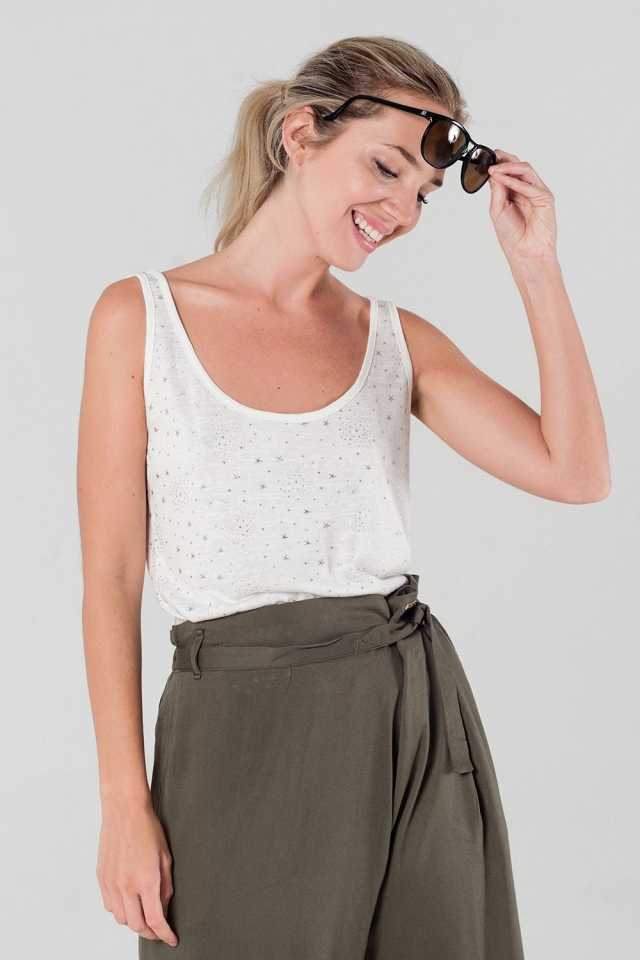 Top with stars print in white