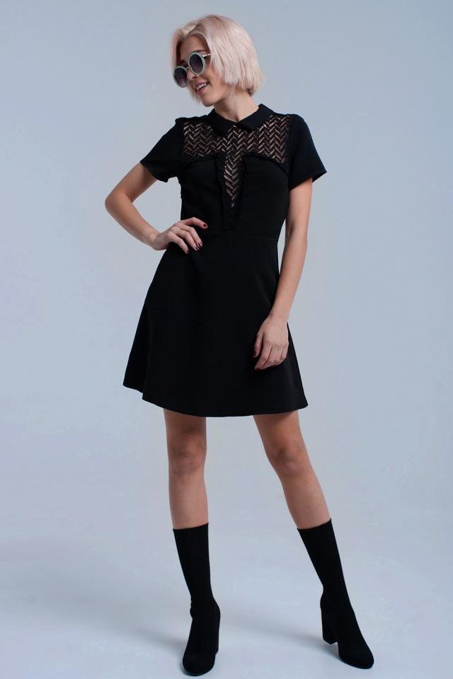 Schwarzes Minikleid mit Spitzendetail