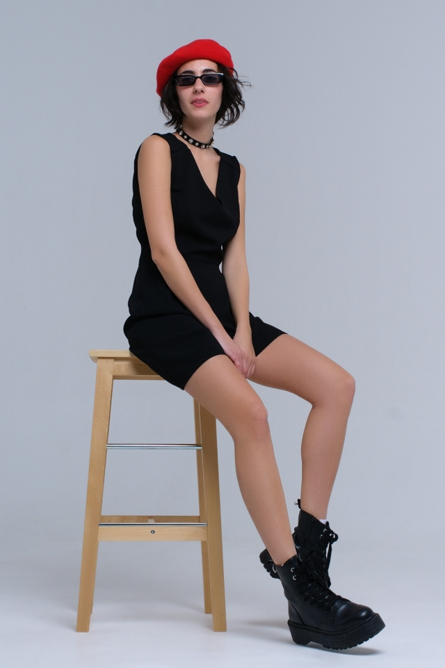 Black dress with crochet and ribbons