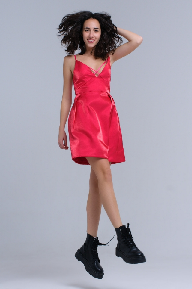 Fuxia dress with crossed ribbons