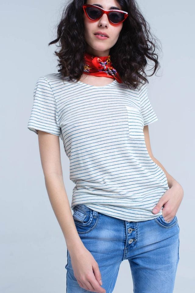 Cremet-shirt mit türkisfarbenem Streifen