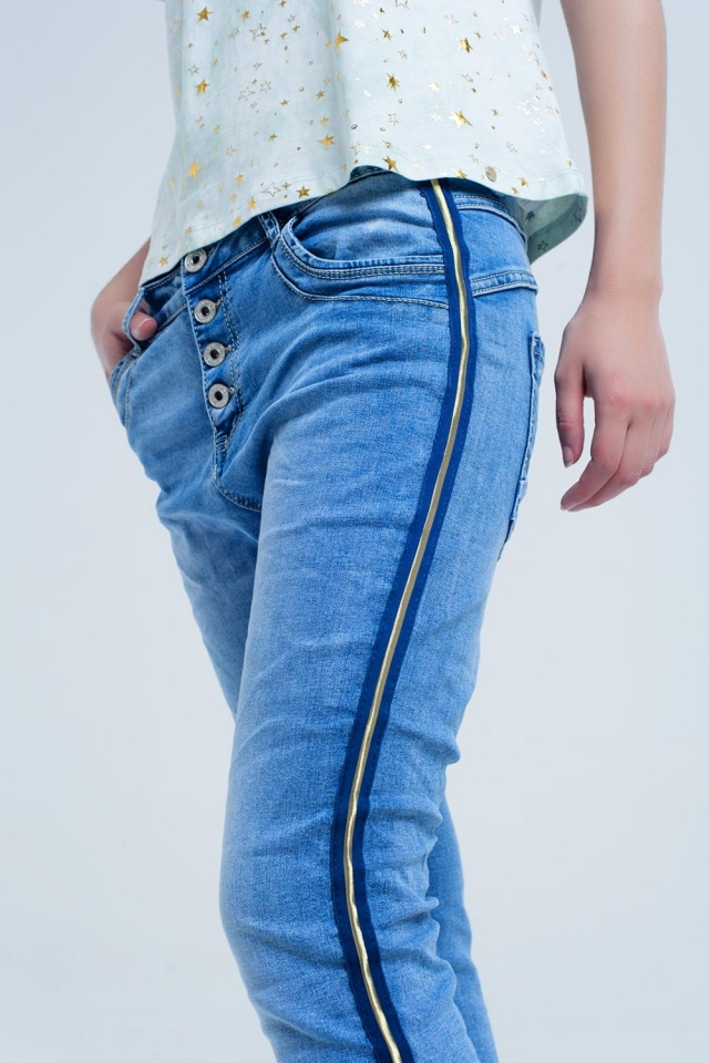 Boyfriend jeans with gold side detail