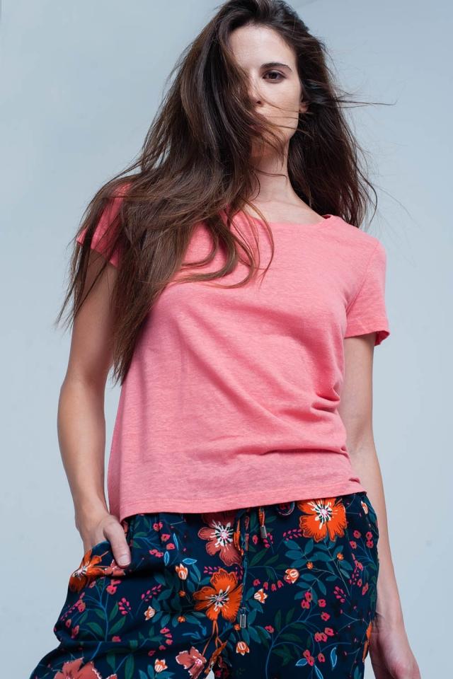 Koralle T-shirt mit chrochet Details auf der Rückseite