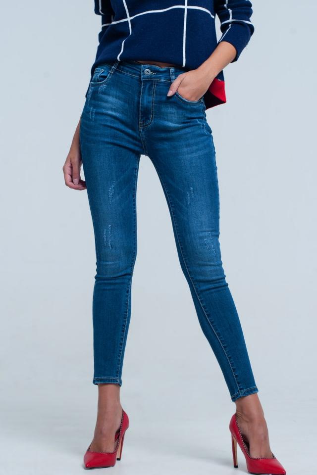 Enge Jeans mit hoher Taille in tiefblauer Waschung