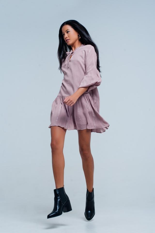 Rosa Kleid en metallic strepen lurex