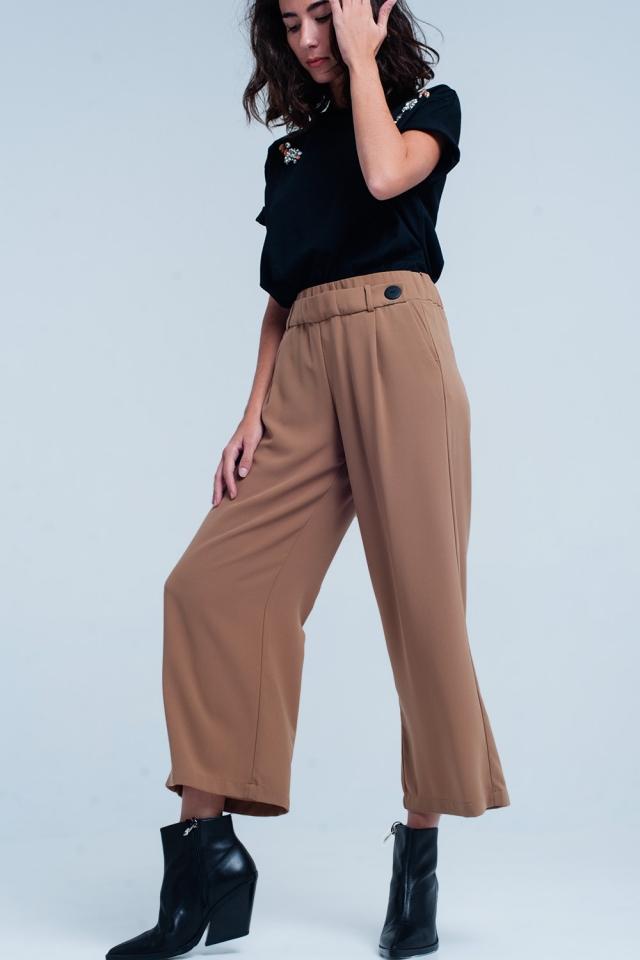 Kamelfarbig Hose mit Knöpfen