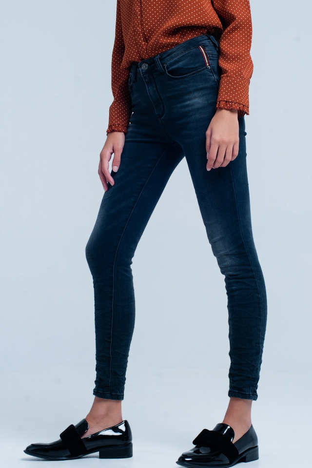 Black wrinkled skinny jeans