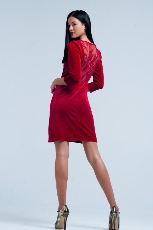 Rotes Samt-Minikleid mit offenem Rücken
