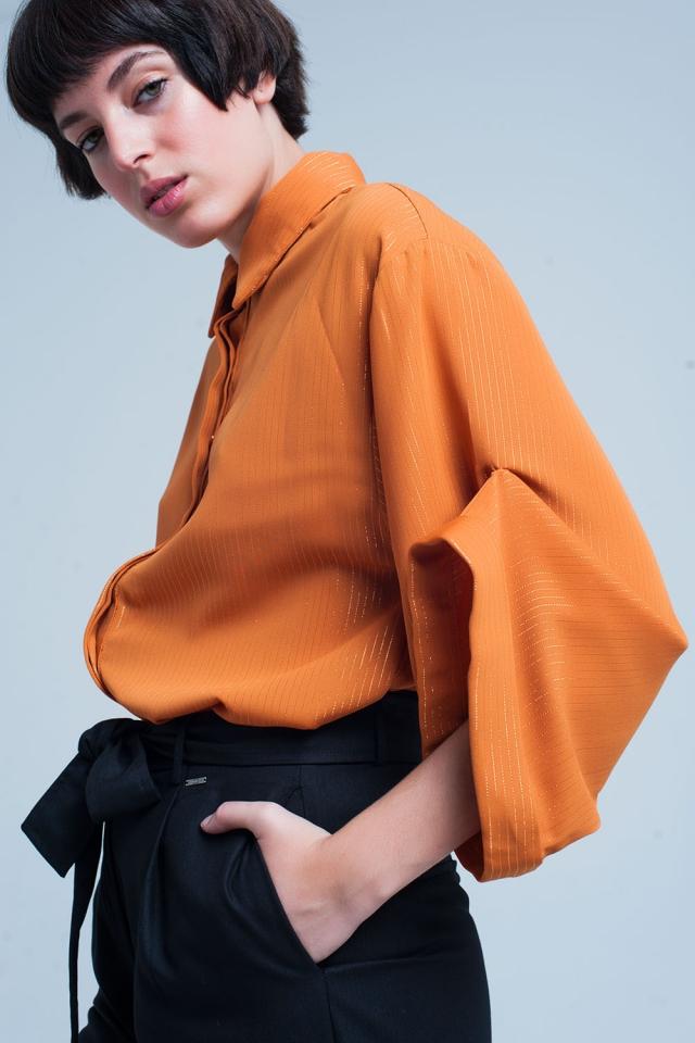 Senffarbenes übergroßes Shirt mit Lurex-Details