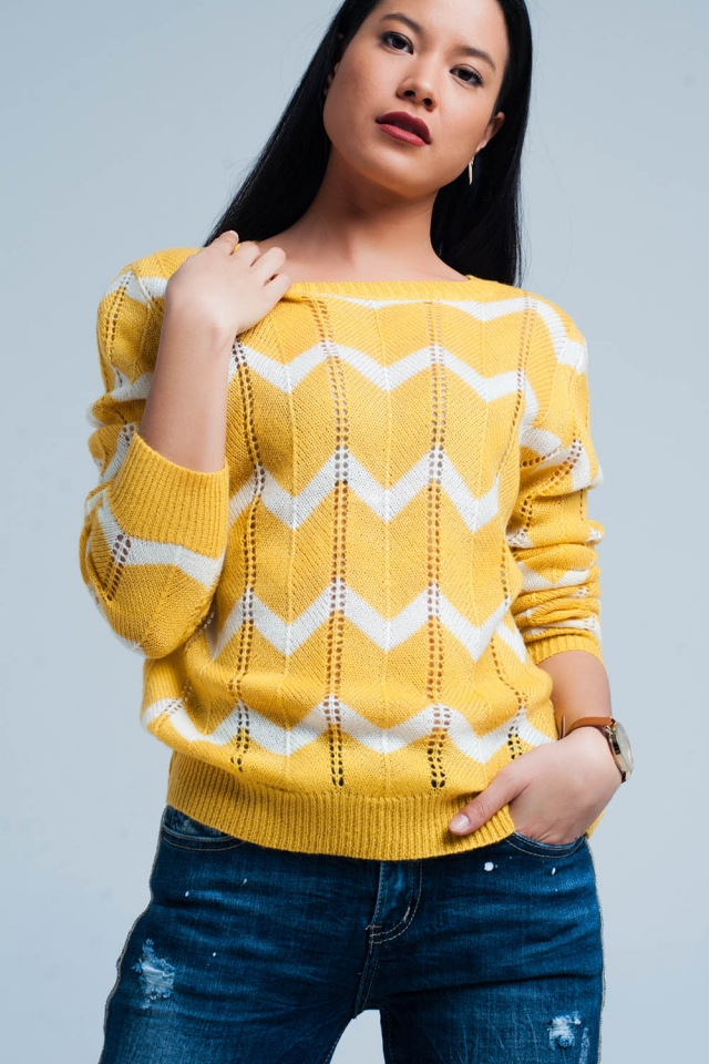 Yellow Glitter Sweater in White Zigzag Pattern
