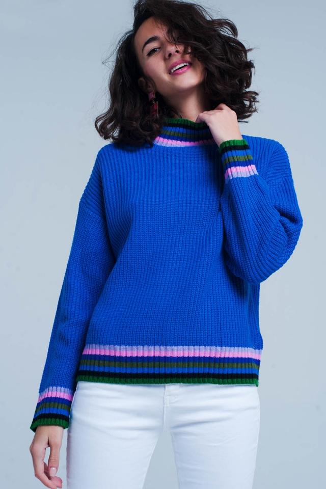 blauen Pullover mit Streifendetail