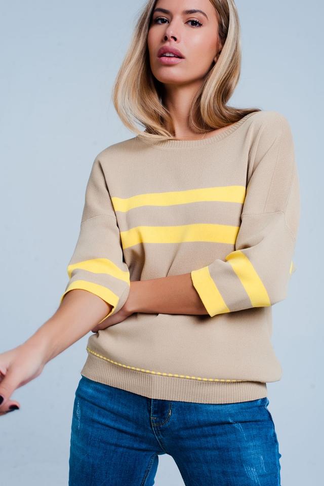 Gestreifter Pullover beige mit abgesetzter Paspelierung