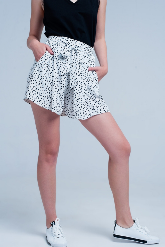 White shorts with flower print