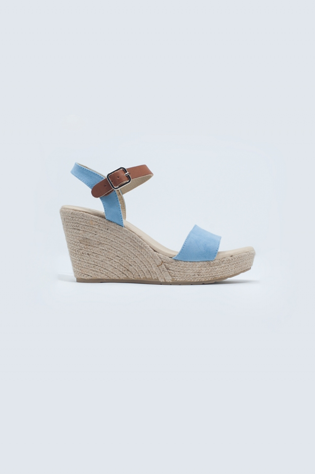 Espadrille sandal with buckle in blue