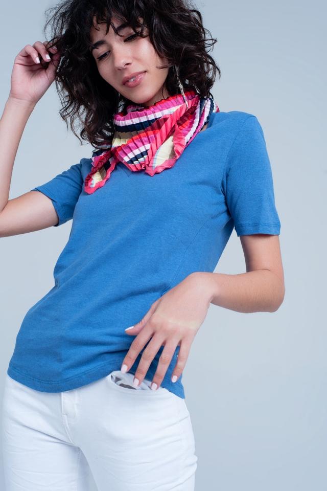 Blauw T-shirt mit ein V-Ausschnitt