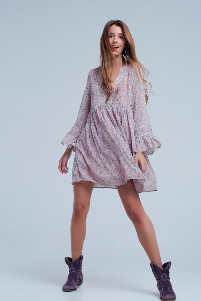 Loose pink dress with flower print