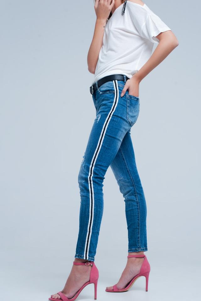 Dunkle Denim Jeans mit Seitenstreifen
