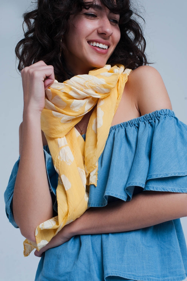 Yellow scarf with flower print