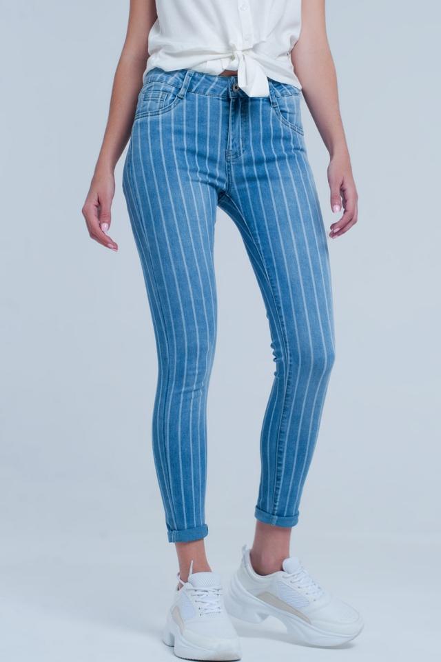 Helle Skinny Jeans mit hellen Streifen