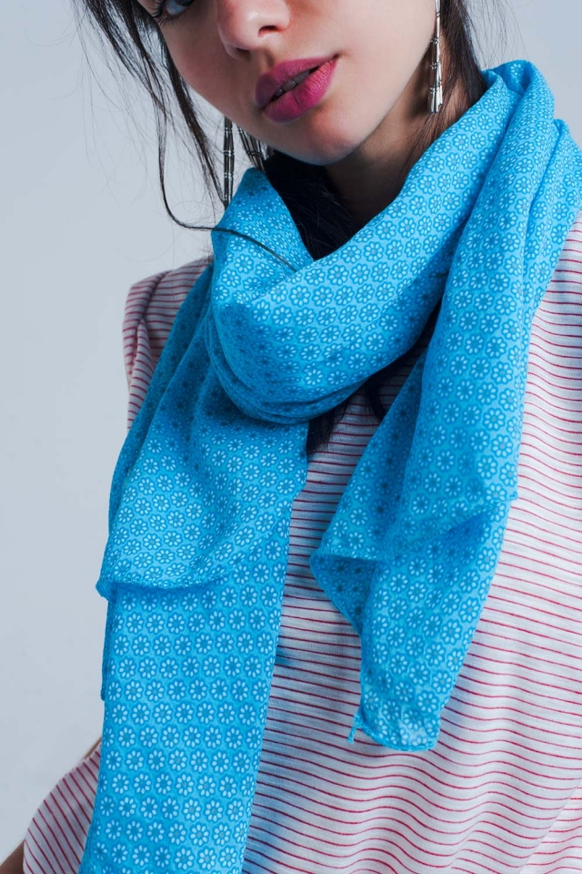 Blue scarf with print