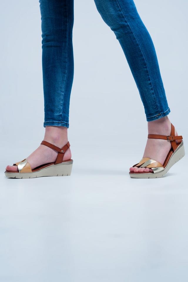 Golden Leder Keil Sandalen