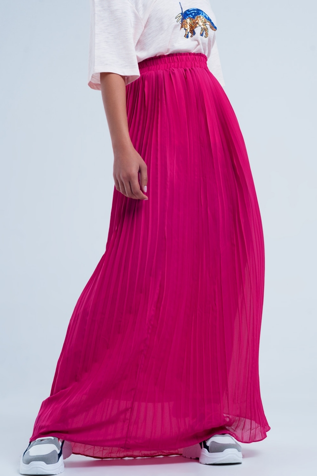 Long pleated skirt in fuchsia