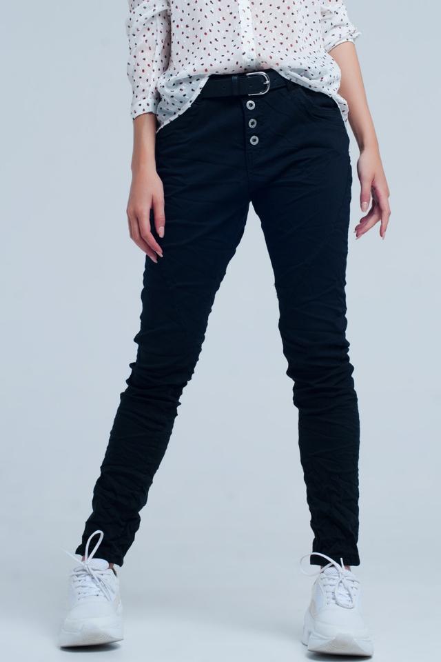 Schwarzer Flachbau Boyfriend Jeans