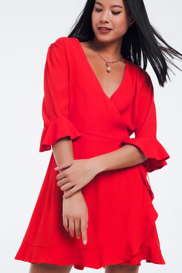 Wickelkleid in roter Farbe