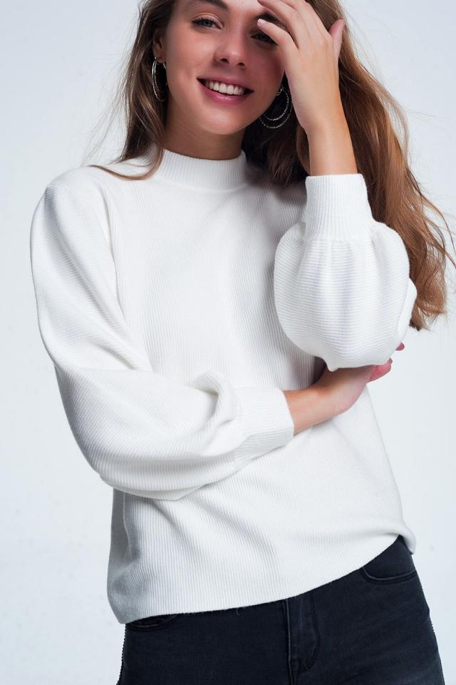 Pullover mit Rundhalsausschnitt in gebrochenem Weiß