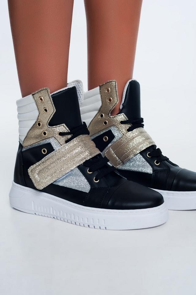 Hoge sneakers in goud