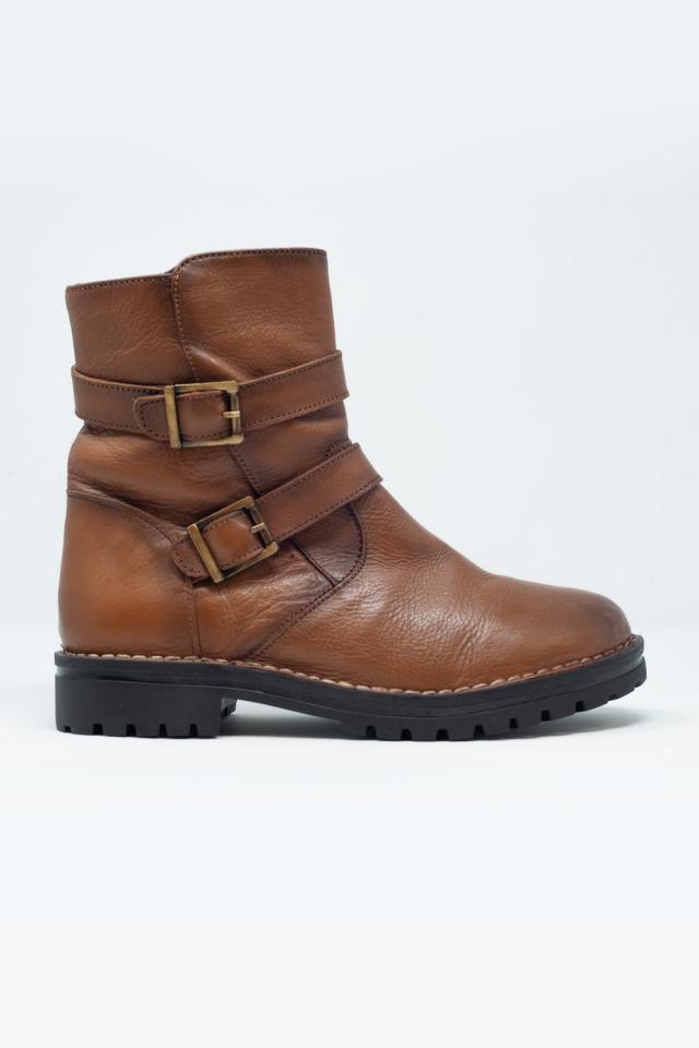 braune Ankle-Boots mit Schnalle