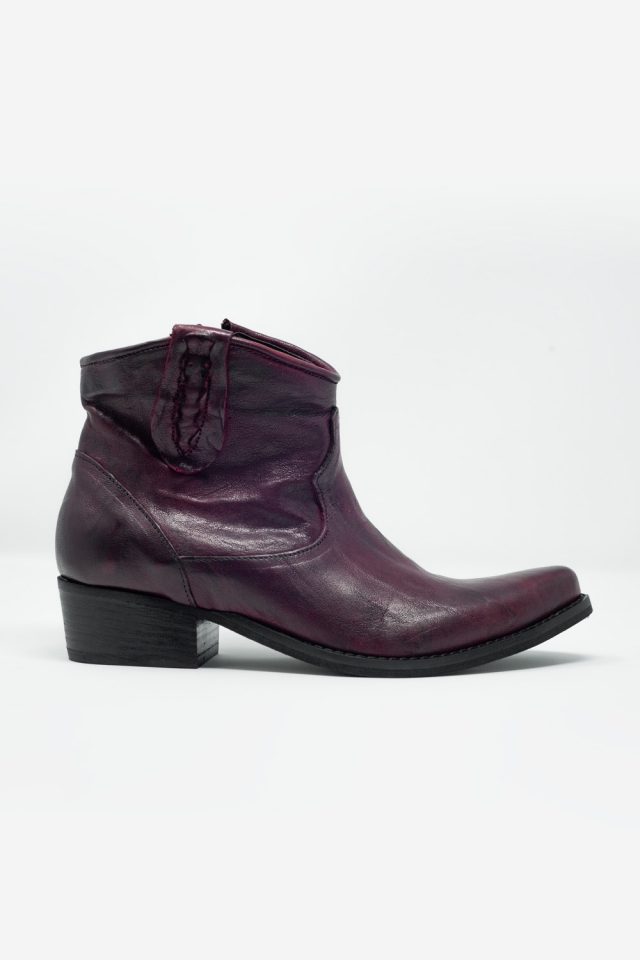 Western sock boots in maroon with detail on the side
