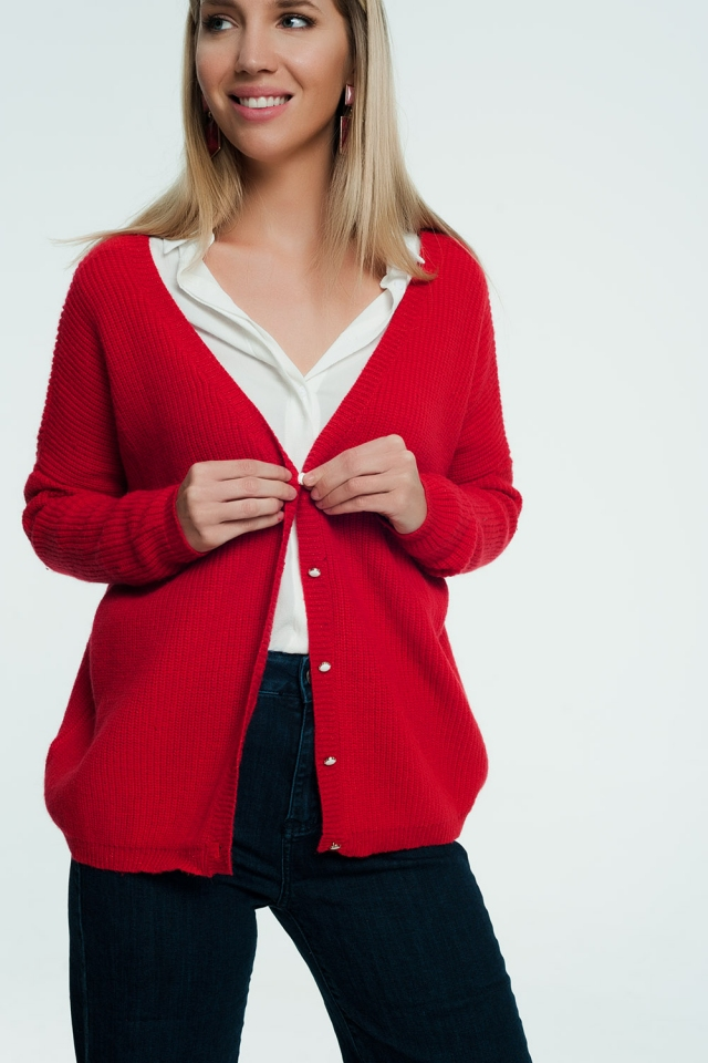 Red cardigan with v-neck and buttons