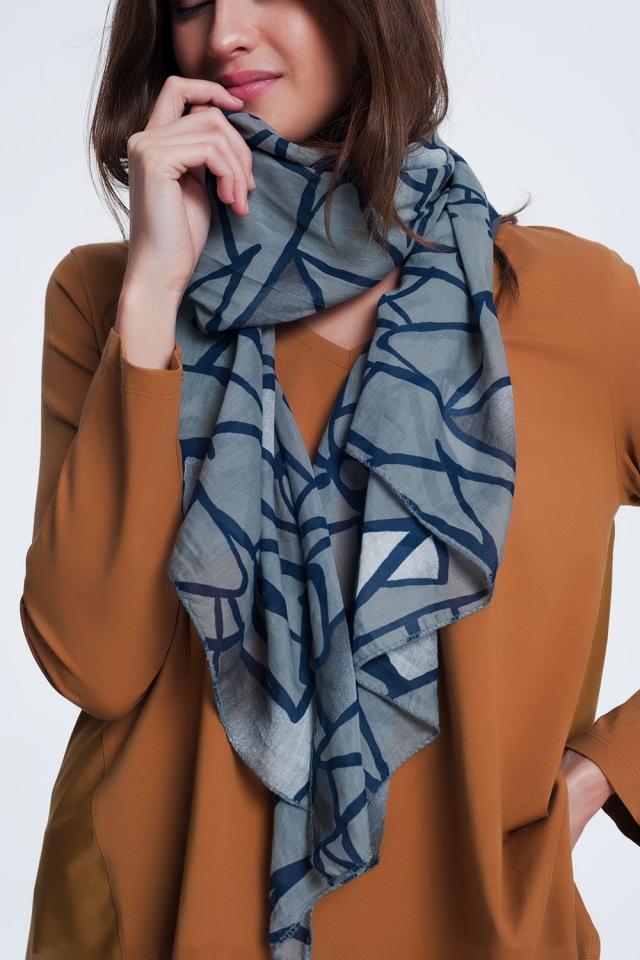 abstrasct print dark grey scarf