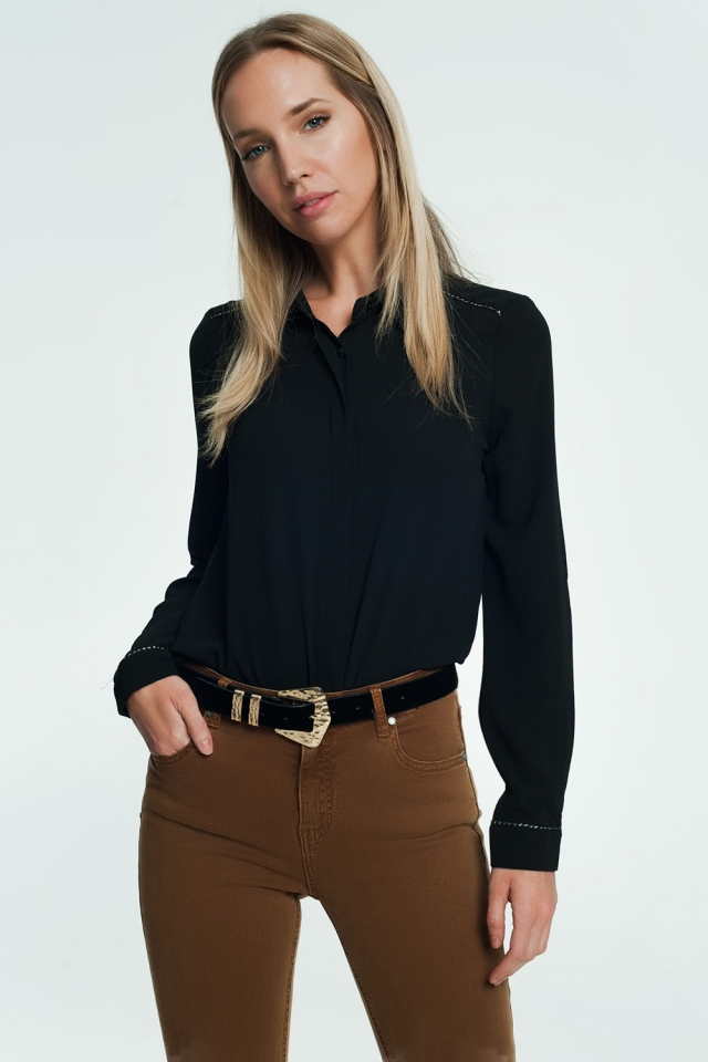 Shirt with long sleeves in black