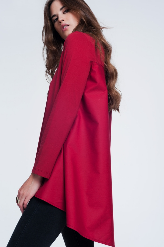 Long red t-shirt with long sleeves