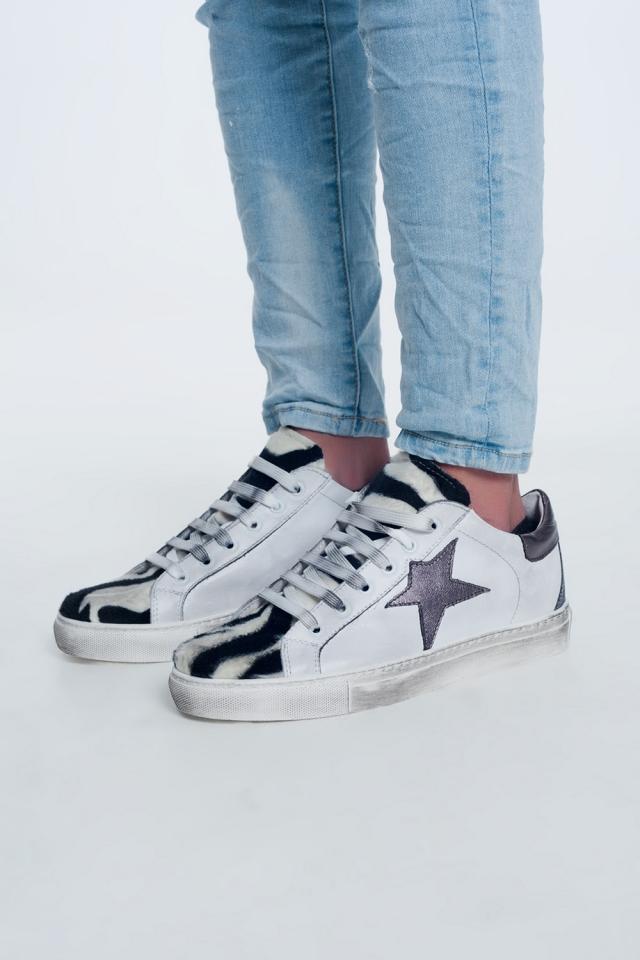 Sneakers met zebraprint