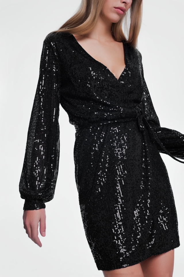 Black nightdress with long sleeves