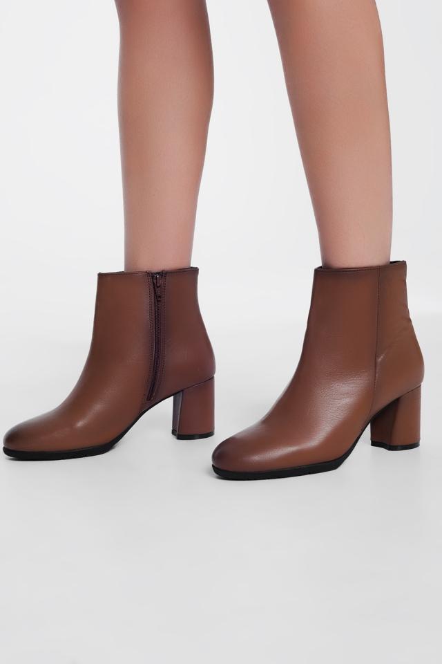 bruin leren ekellaarzen met halfhoge hak