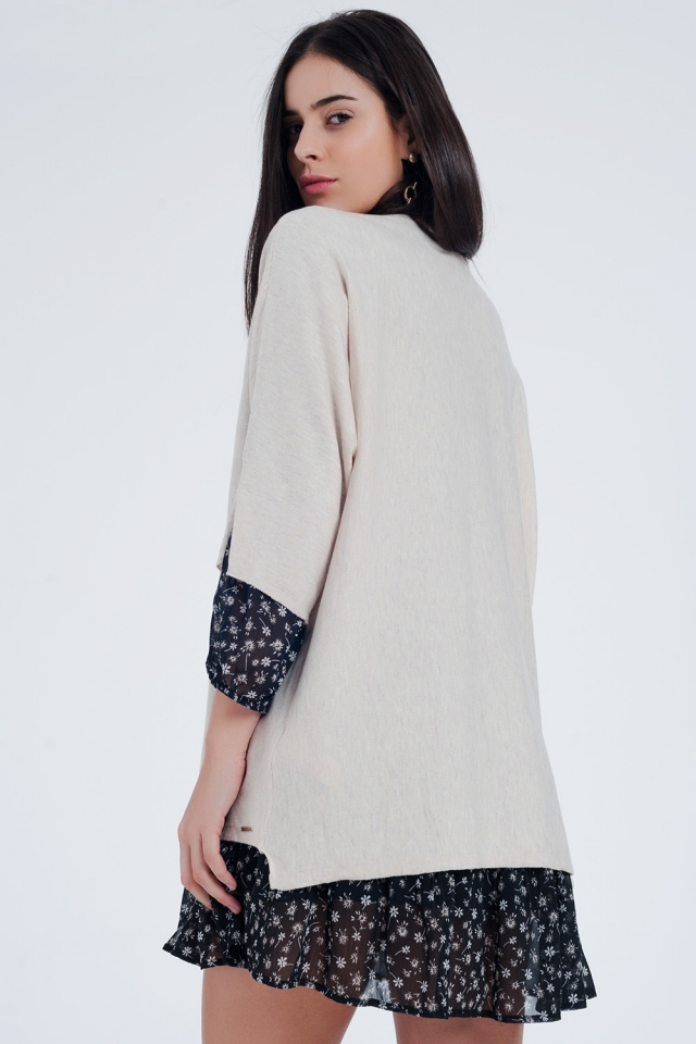 Oversized beige sweater with short sleeves