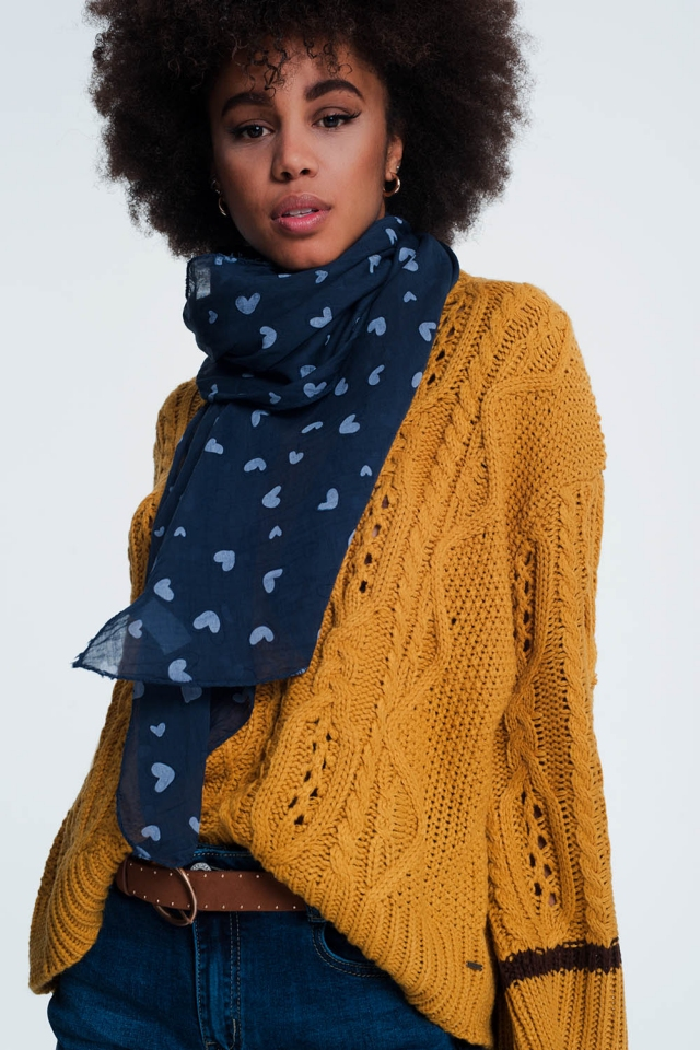 Navy blue scarf with heart print