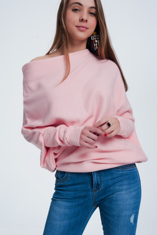Pink sweater with long sleeves
