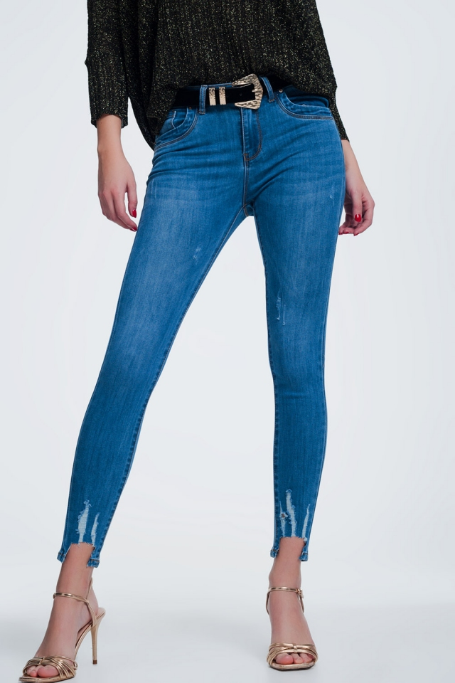 Light jeans with cut in ankles detail