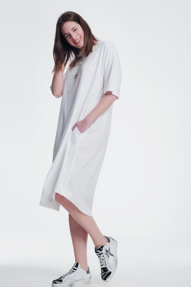 round neck t-shirt dress in cream