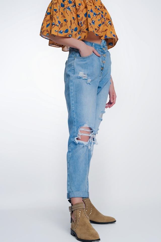 Mom jeans met hoge taille en knopen aan de voorkant