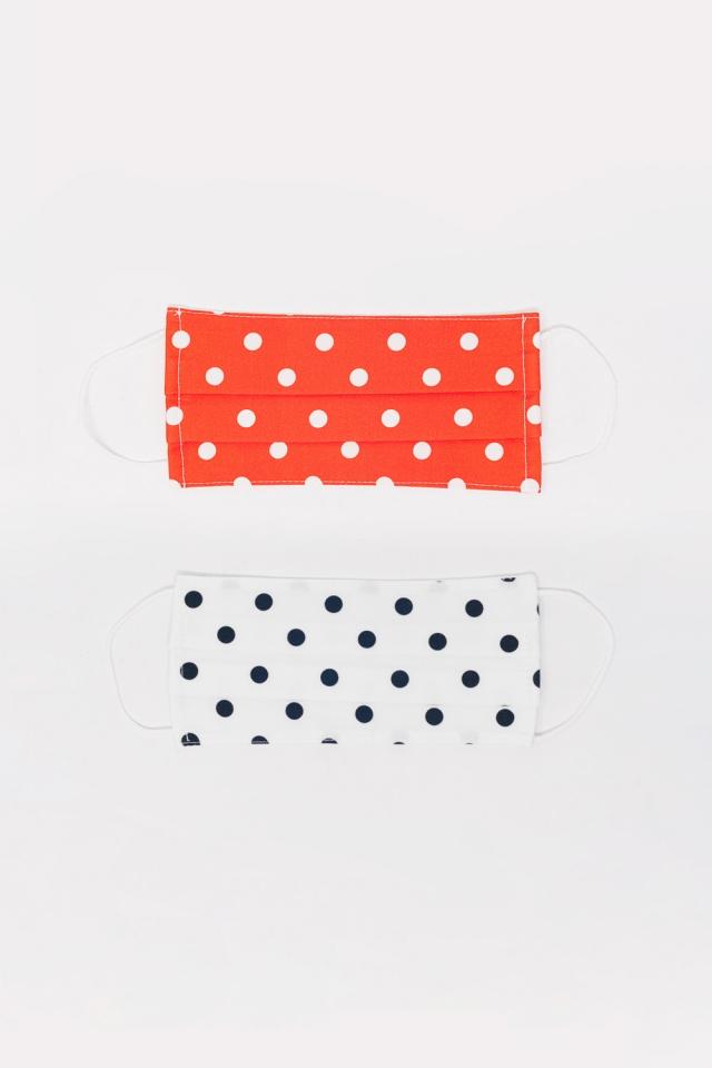 2 PACK Polka Dot weiße und rote Maske